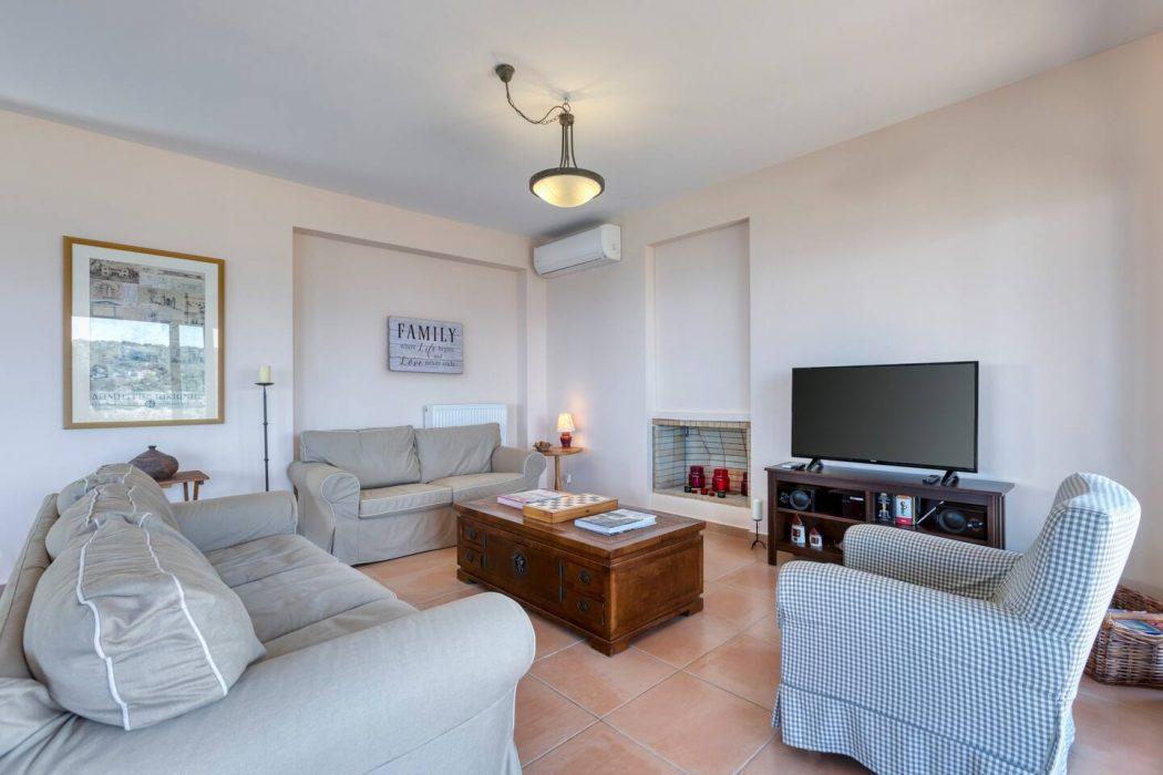 Mikro Amoni Villa 015 Sitting Area