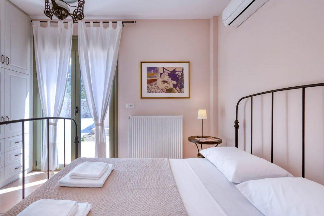 Mikro Amoni Villa 048 Bedroom 2