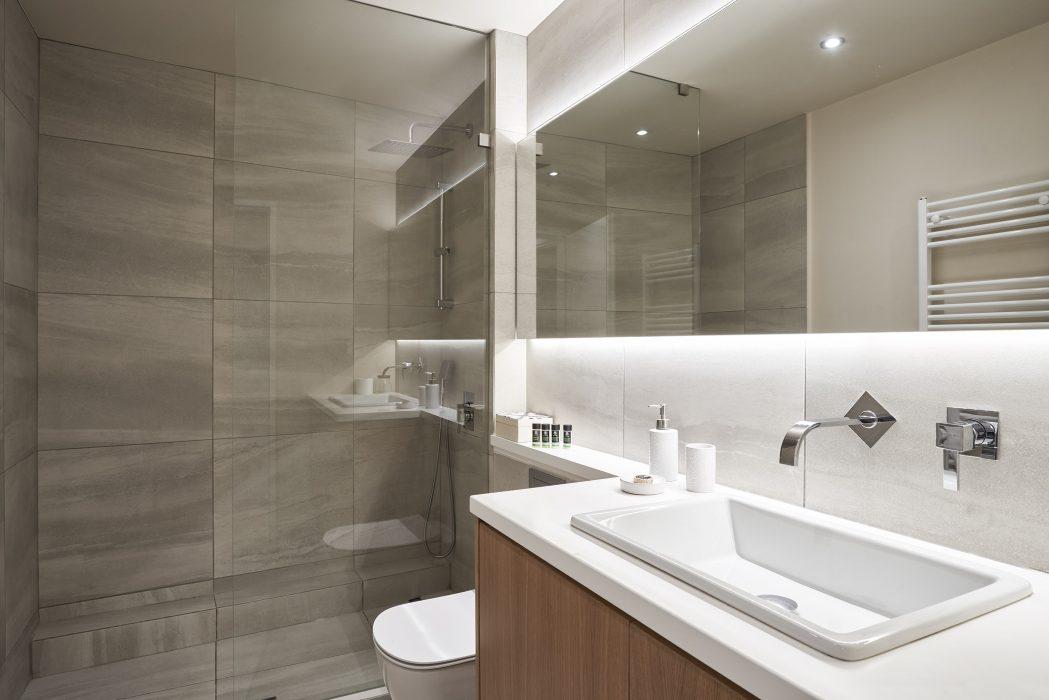 Μπάνιο 1